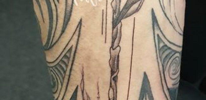 Arrow?? ( andere tattoos niet mijn …
